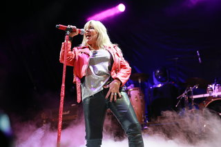 Samantha Fox & Band
